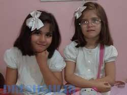 آرنیکا و رونیکا  دو قلوی با مزه، ۷ ساله